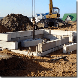 Укладка фундаментних блоків ФБС40